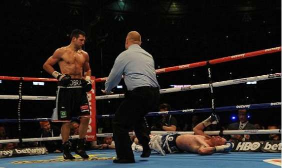 Froch knockout Groves 2014 rematch