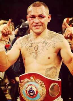 Mike Alvarado vs Marquez Highlights