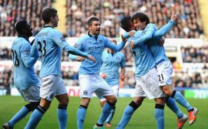 Manchester-City-celebrating-a-goal