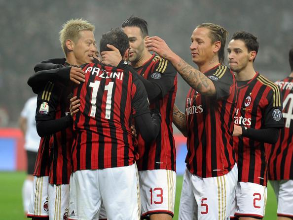 Gianpaolo+Pazzini+AC+Milan+v+AC+Spezia+kN1qeLrv9Ill[1]