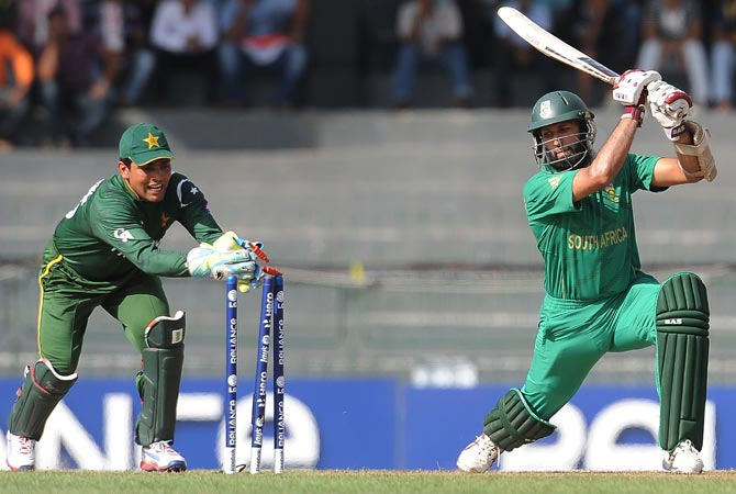 Weather threatens Pakistan vs South Africa World Cup clash