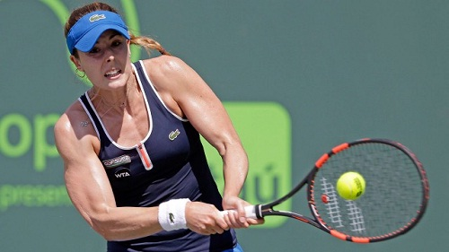 Alize Cornet overcame a stiff challenge to reach the QF (photo: sportsnet.ca)