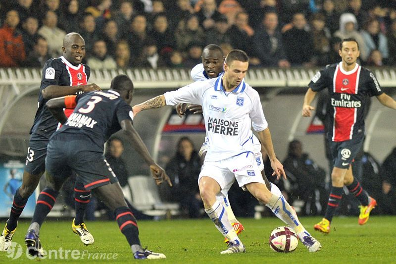 Auxerre Vs Paris Saint Germain