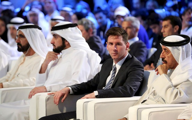 2.+Barcelona's+soccer+player+Lionel+Messi+attends+the+Dubai+International+Sports+Conference,+in+Dubai