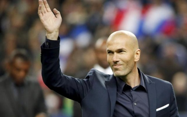 1.+Former+French+captain+Zinedine+Zidane+waves+before+the+international+friendly+soccer+match+between+France+and+Brazil+at+the+Stade+de+France,+in+Saint-Denis,+near+Paris,+March+26,+2015.