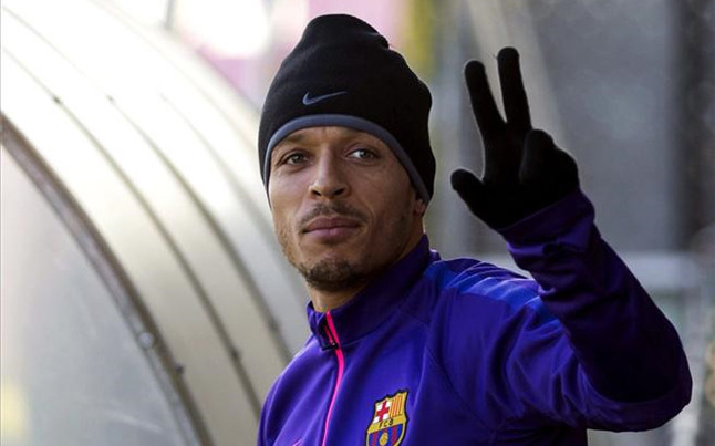 Brazilian Adriano is leaving Barca!