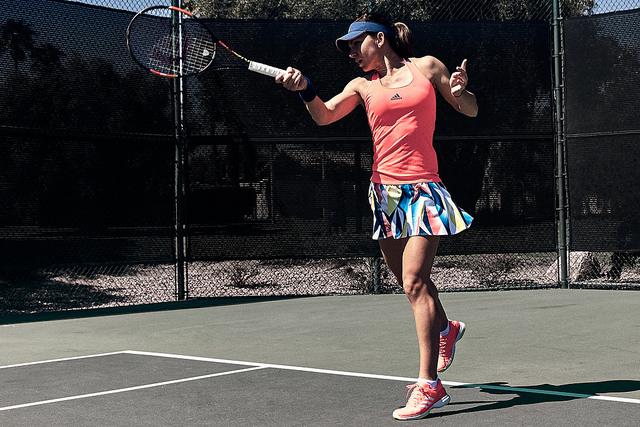 Simona Halep (tennis-buzz.com)