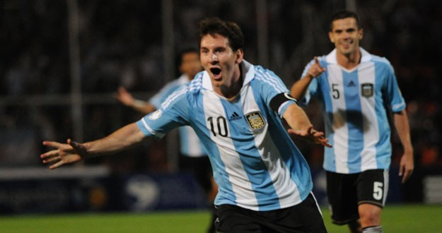 Argentina-vs-Uruguay-H2H-Live-Streaming-Copa-America-2015-625x330