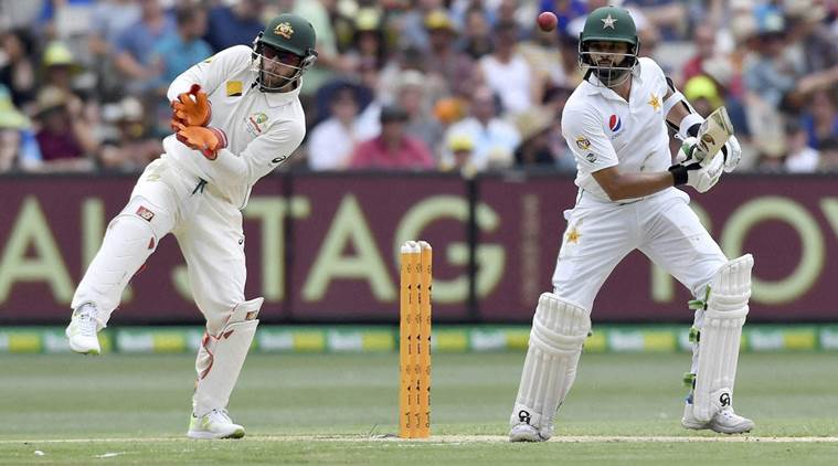 Pakistan faces interruption by rain in 2nd Test at Melbourne