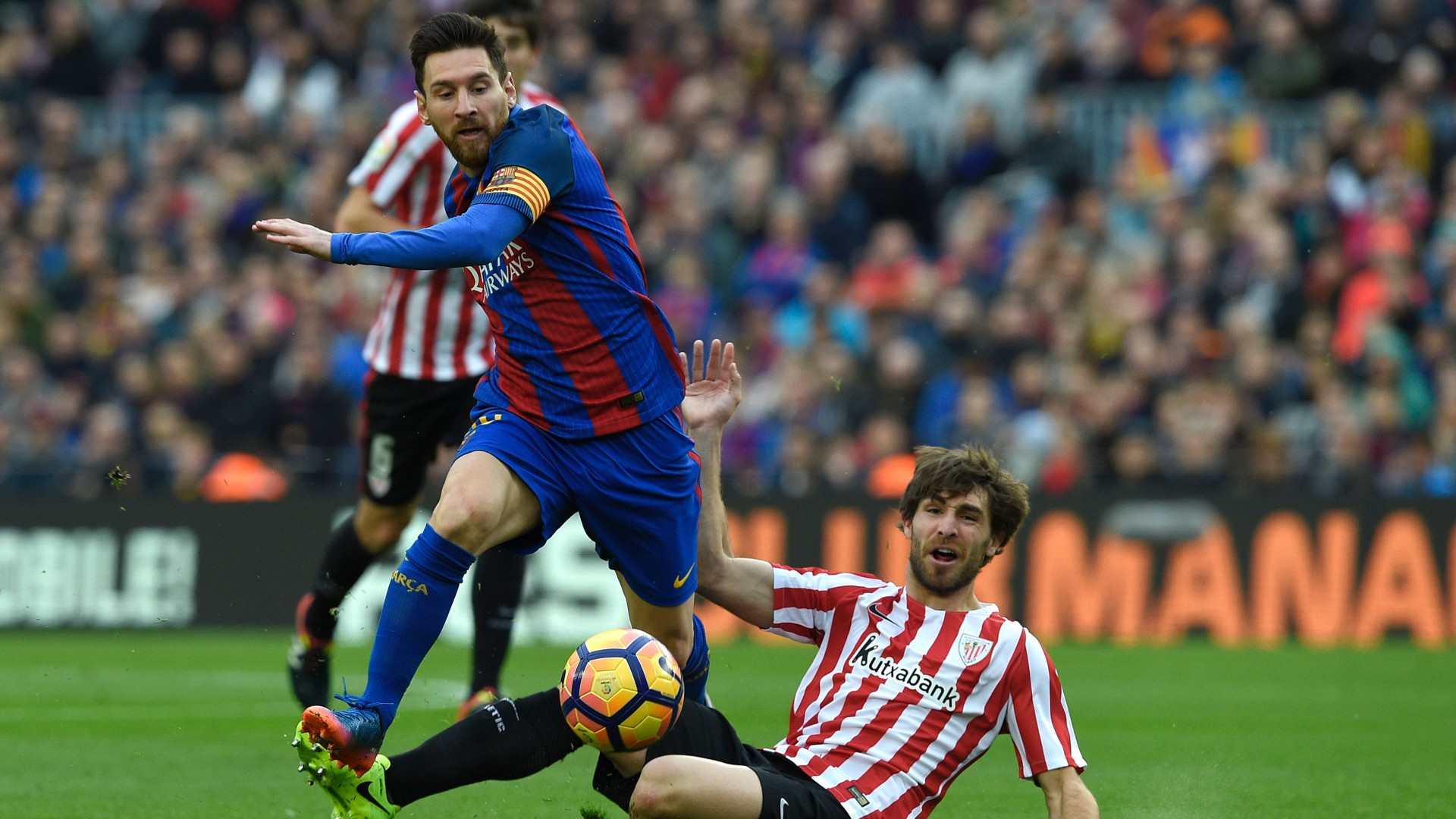 Barca reduced point difference with Real by winning over Athletic Club