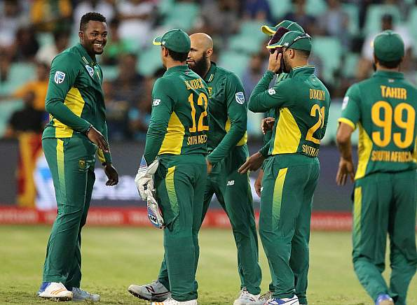 Du Plessis's great century lead Proteas to victory at Cape Town