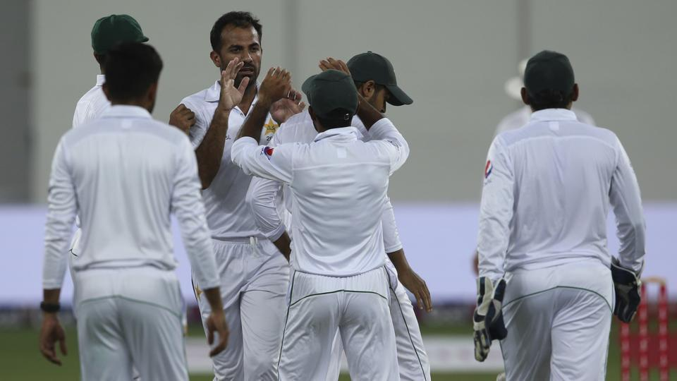 Sri Lanka scored 96 runs in 2nd innings at Dubai
