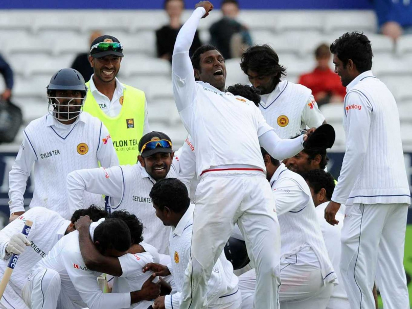 Sri Lanka scored 294 runs in 1st innings