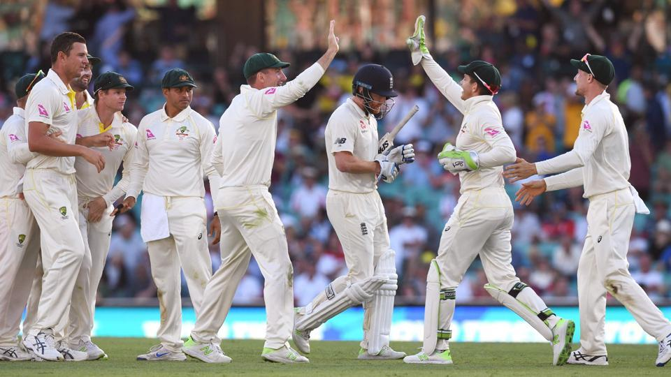 England scored 233 runs in 1st day at Sydney Test