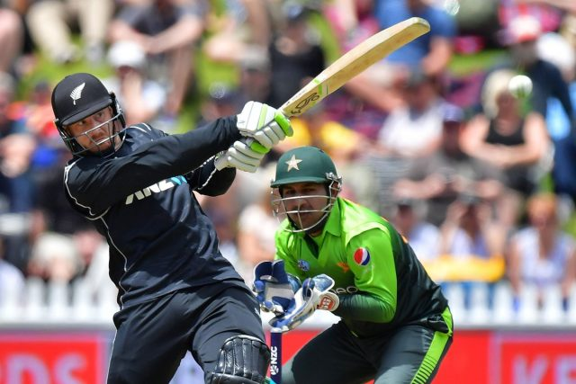 New Zealand coach Mike Hesson wary of series against Pakistan