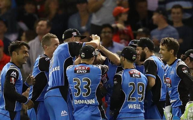Strikers win first BBL title with victory over Hurricanes
