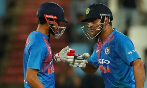 Pandey, Dhoni cut loose as India post target of 189