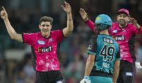 Sydney Sixers beat Heat by 9 wickets