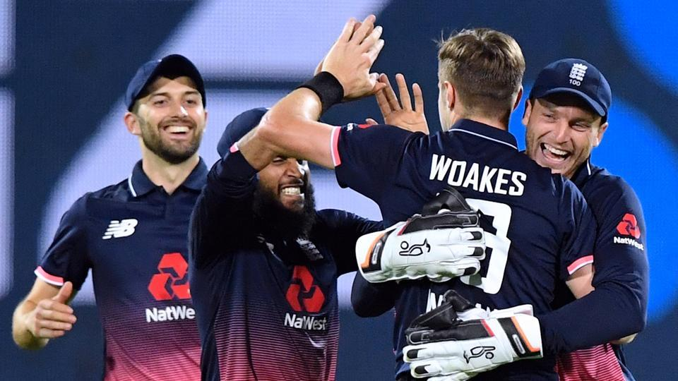 England beat New Zealand by 4 runs