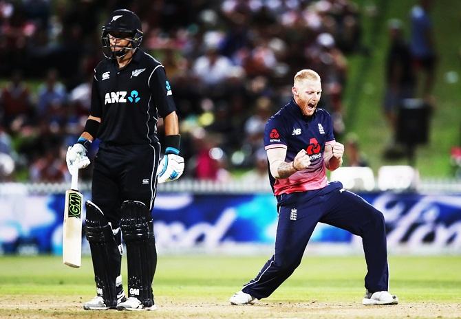 New Zealand won 1st ODI against England