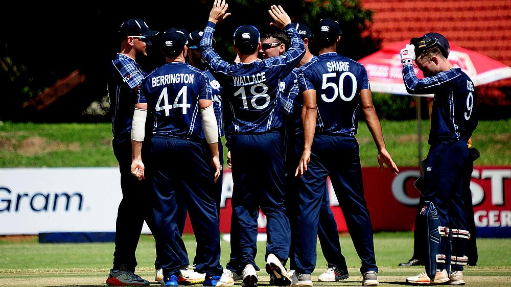 Scotland beat Hong Kong by 4 wickets