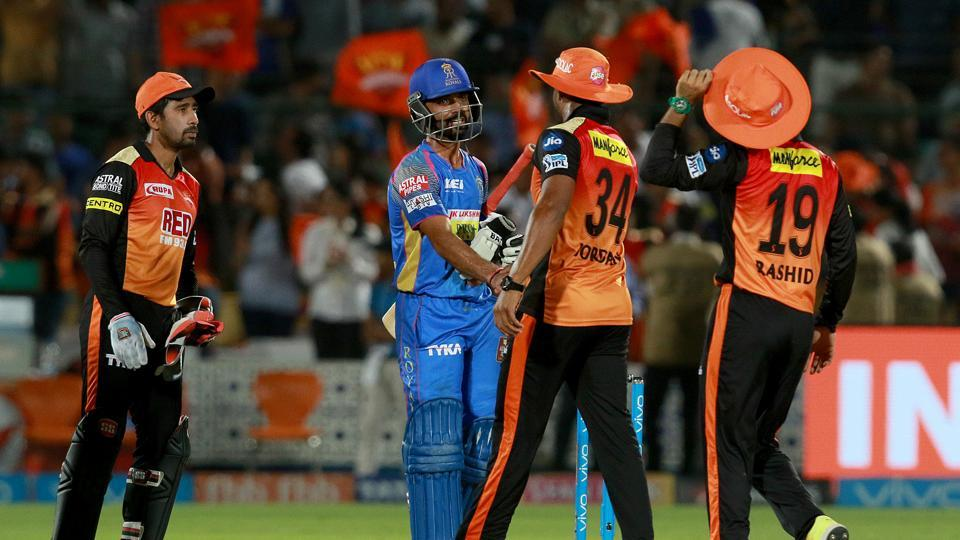A battle between Daredevils batsmen and Sunrisers bowlers