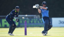Derbyshire won by 4 wickets