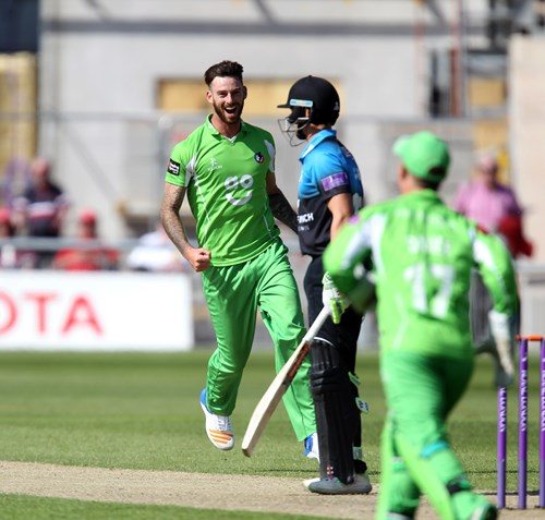 Worcestershire won by 3 wickets