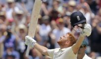 England scored 403 runs in 1st innings at Perth